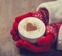 Rozgrzewająca kawa na dwa sposoby - przepisy najlepszych baristów