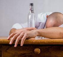 Kac - Jak uniknąć przykrych dolegliwości po imprezie?