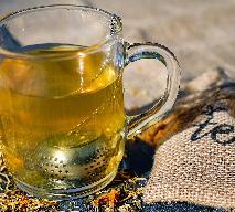 Koktajle herbaciane - przepisy na orzeźwiające napoje