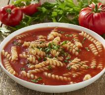 Obiad do 10 złotych: zupa pomidorowa z makaronem