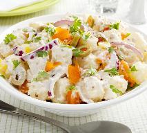 Sałatka ziemniaczana z papryką - przepis na pyszną sałatkę z ziemniaków