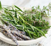 Suszenie - jak suszyć owoce, warzywa, grzyby i zioła na zimę?