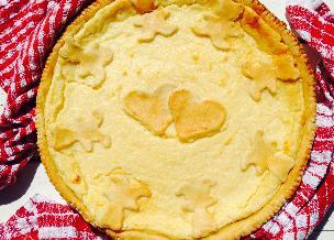 Tarta grysikowa na kruchym spodzie - francuski przepis na deser z kaszki manny