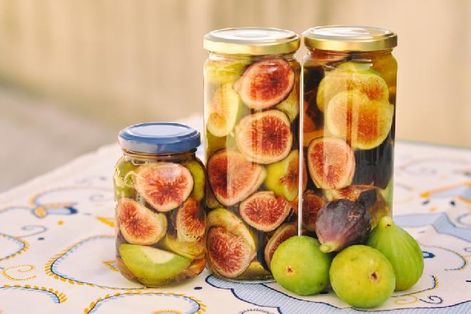Nalewka figowa ze świeżych fig: przepis