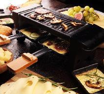 Raclette: co to jest i jak je przygotować? Składniki, porady i przepisy na raclette