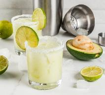 Kremowa margarita z awokado: orzeźwiający drink na letnie imprezy