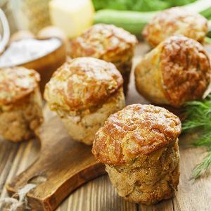 Babeczki jarzynowe a la quiche ze szpinakiem i papryką [przepis]