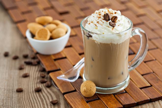 Kawa mrożona: jak zrobić domową ice coffee