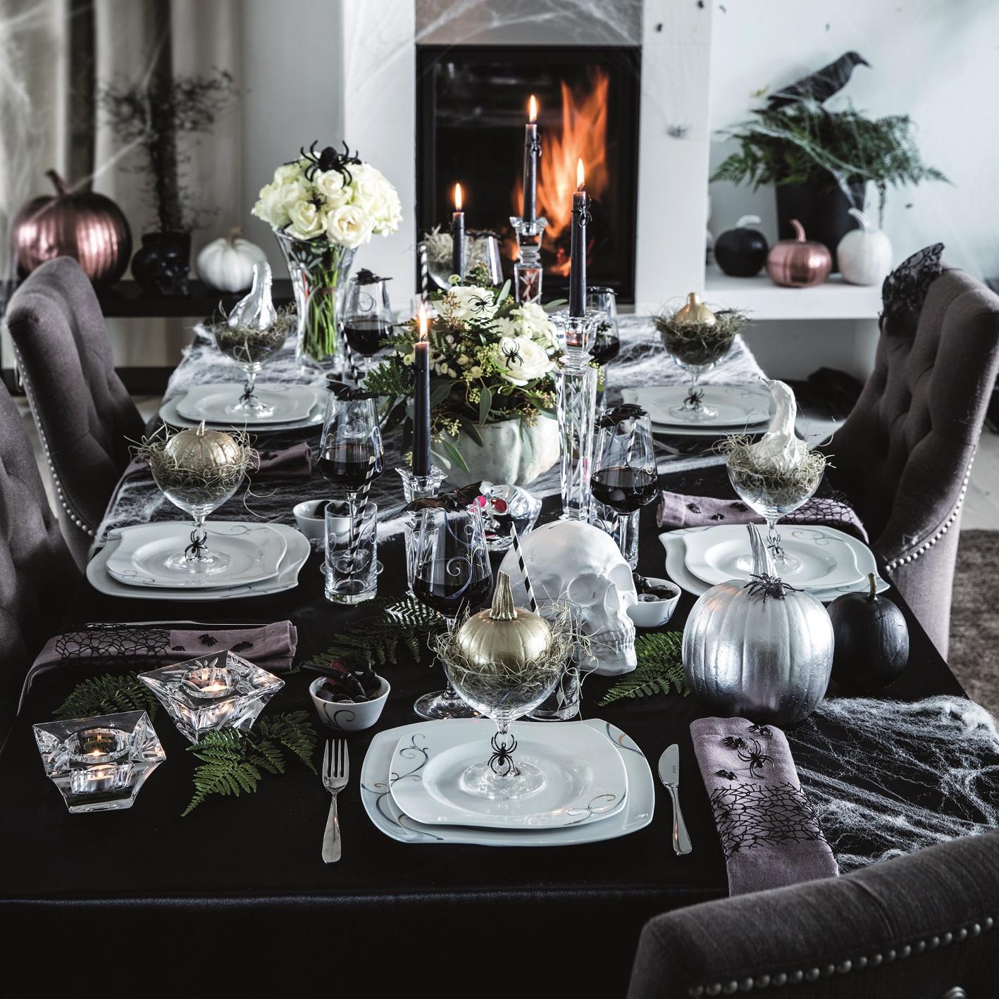 Aranżacja stołu na przyjęcie Halloween w stylu glamour